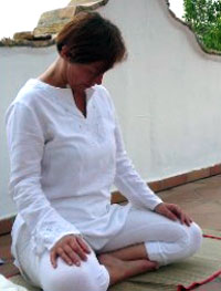 Muskelentspannung bei Schulter-, Nackenproblemen, Zahnknirschen & Tinnitus